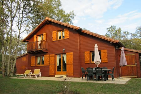 Chalet in the woods of beautiful Dordogne valley