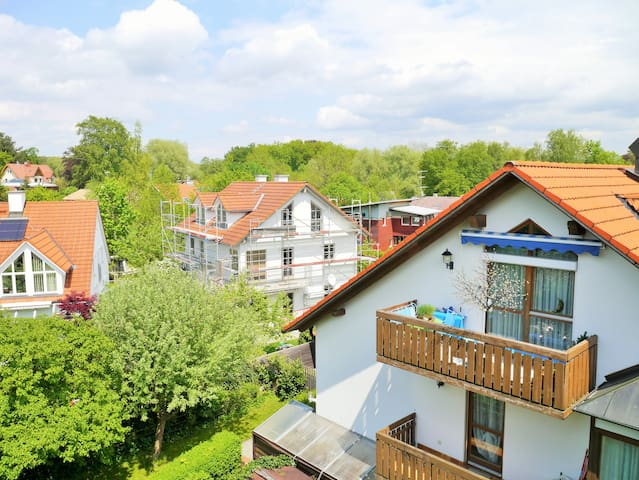 Holiday by the lake! - Schondorf am Ammersee - Apartamento