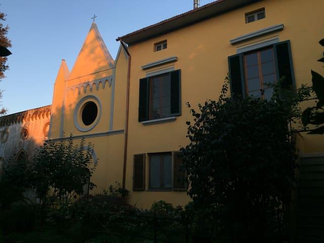 la soffitta di villa D'Achiardi - Fauglia - Bed & Breakfast