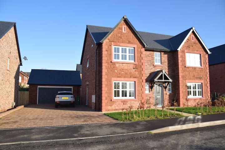 Brand new, high spec holiday home in Penrith.