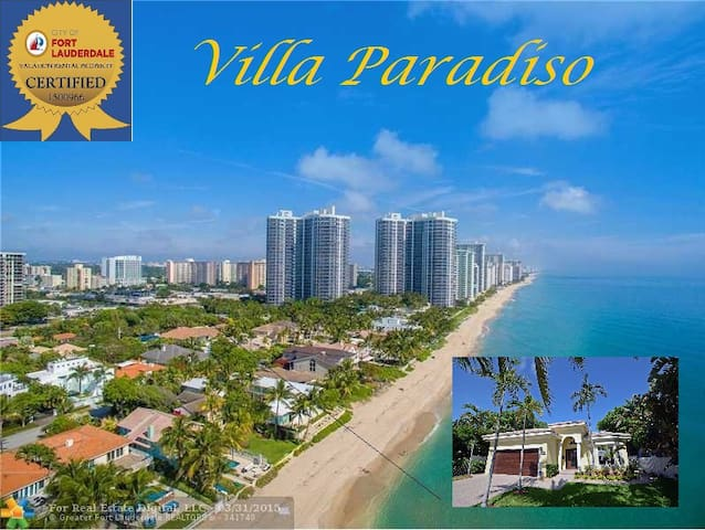 3BR LUXURY VILLA PARADISO located near the Beach