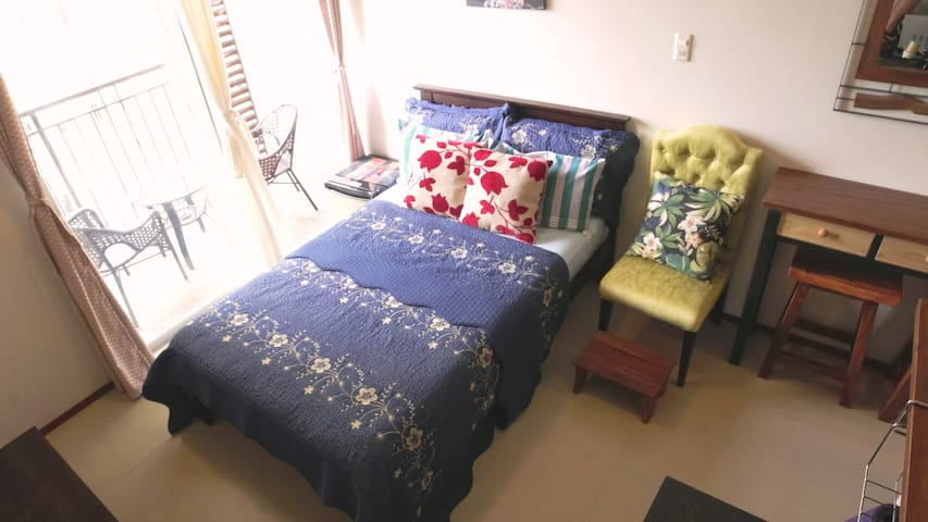 top quality bed with fresh sheets