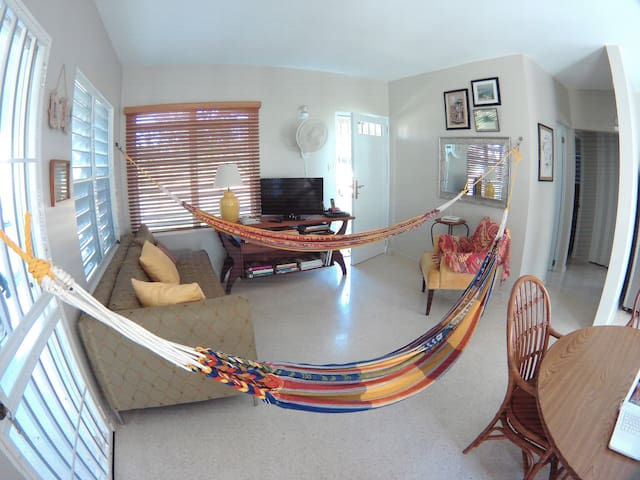Blue Sea Beach Home - Camuy - Casa