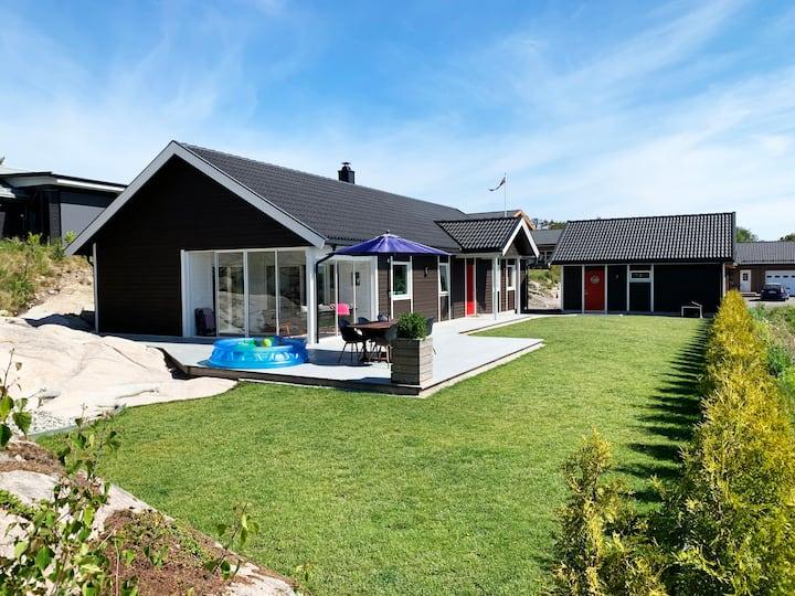 Beautiful full size house on Hvaler