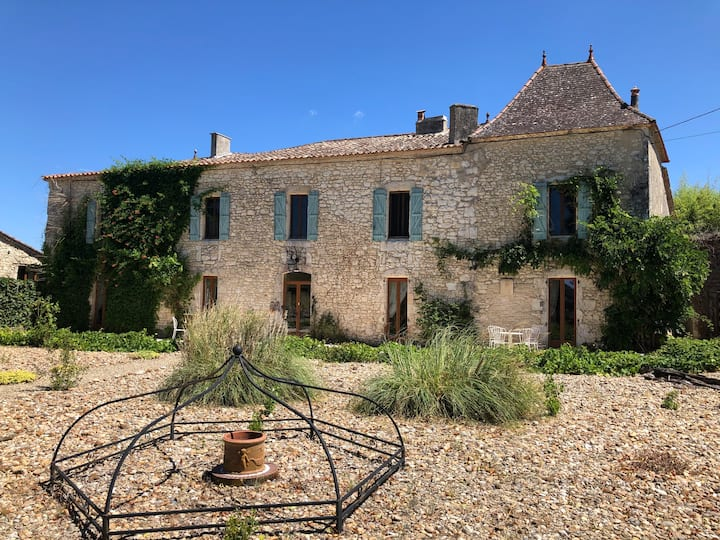 Chateau Perroterie