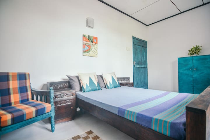 Cozy Room in Greener Colombo