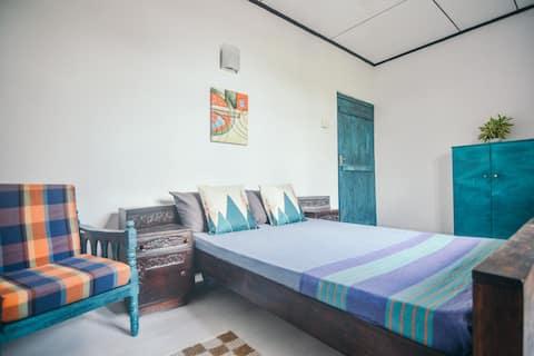 Cozy Room in Greener Colombo