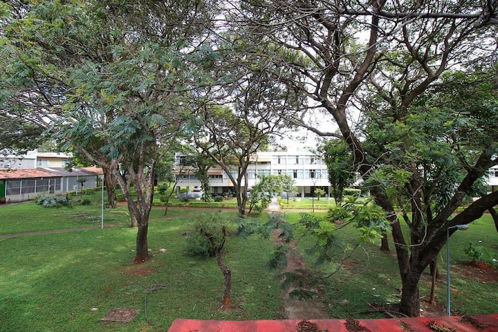 Confortável e econômico no centro de Brasília - Wifi e Netflix