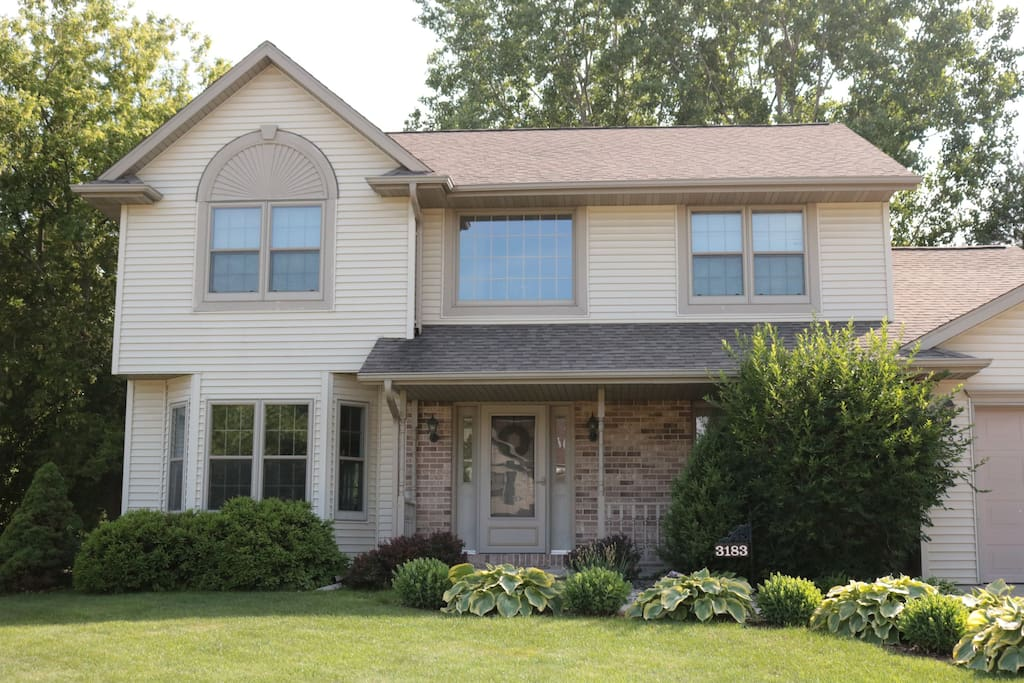 Spacious family home just north of Green Bay. Lots of space in the yard to play or gather outside. Parking for 4+ cars.