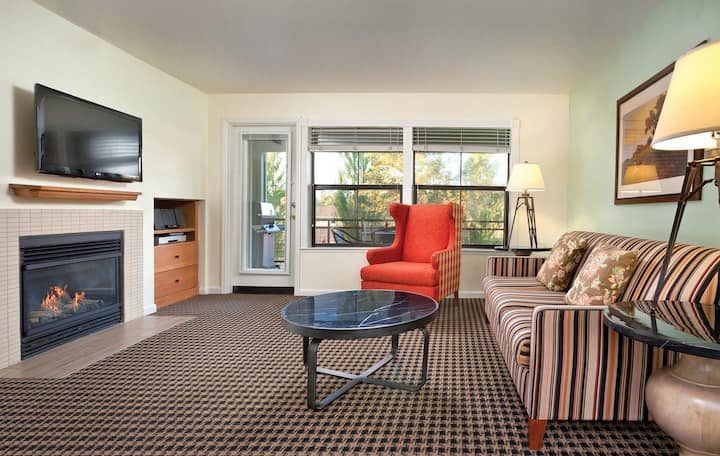 Angels Camp, CA - Entire 1 Bedroom Condo