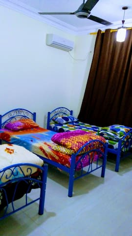 *Cozy apt.* In Town.*Red Sea* Free WIFI