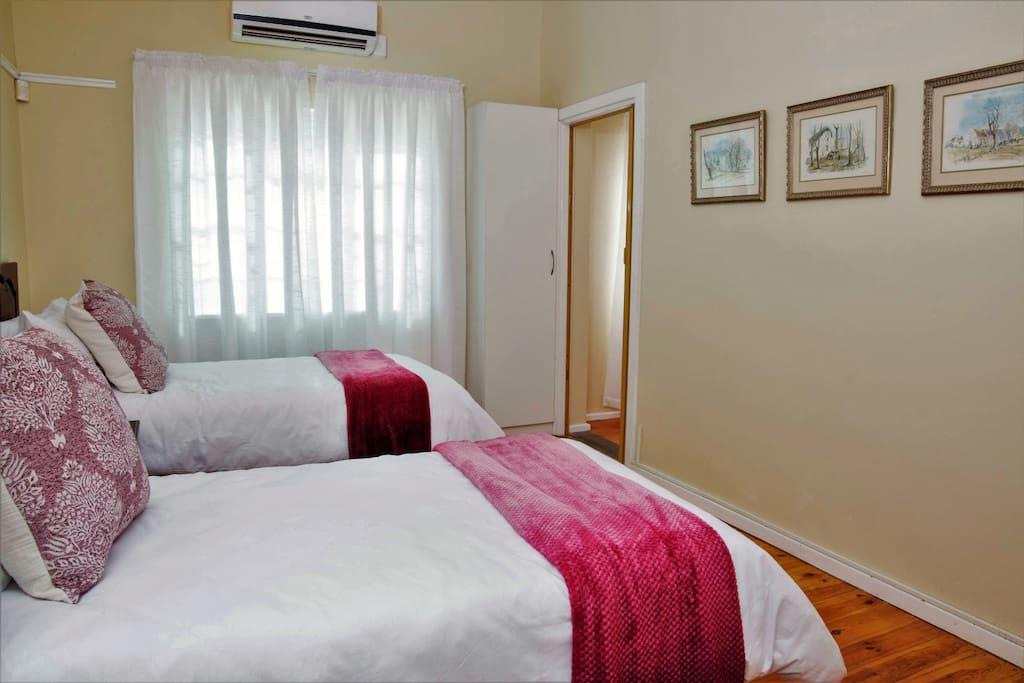 Pink Single Bed en-suite room