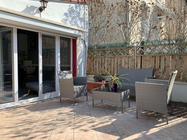 Cosy maisonnette + terrasse proche Paris
