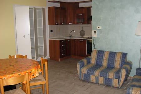Casa indipendente a Mondolfo - Mondolfo - ทาวน์เฮาส์