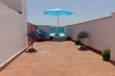 Airy Penthouse in Fuengirola Las Lagunas FibreWifi - Las Lagunas - Wohnung