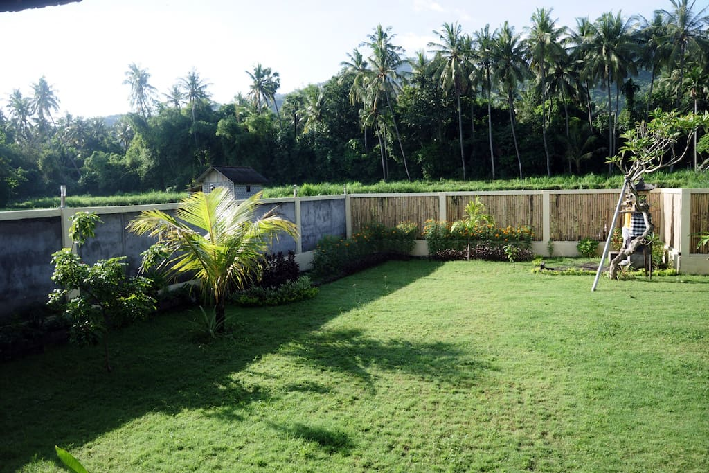 Green oasis with enough privacy for sunbathing and chilling.