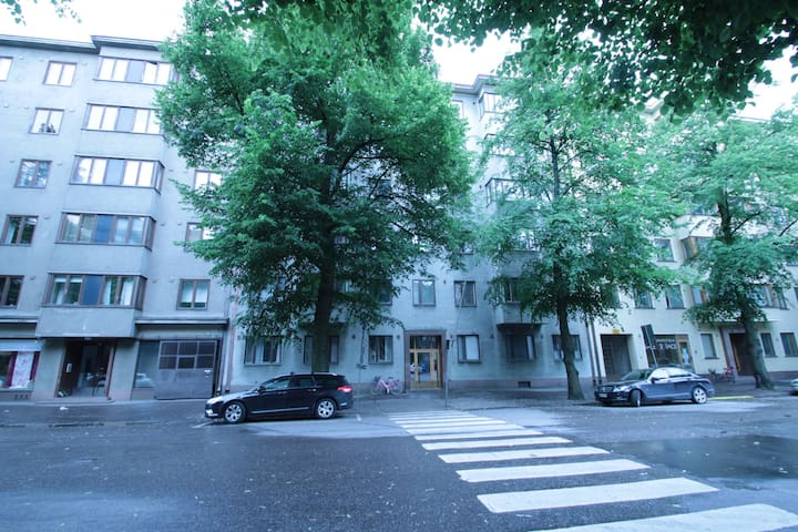 Studio apartment in Töölö, Helsinki - Linnankoskenkatu 6
