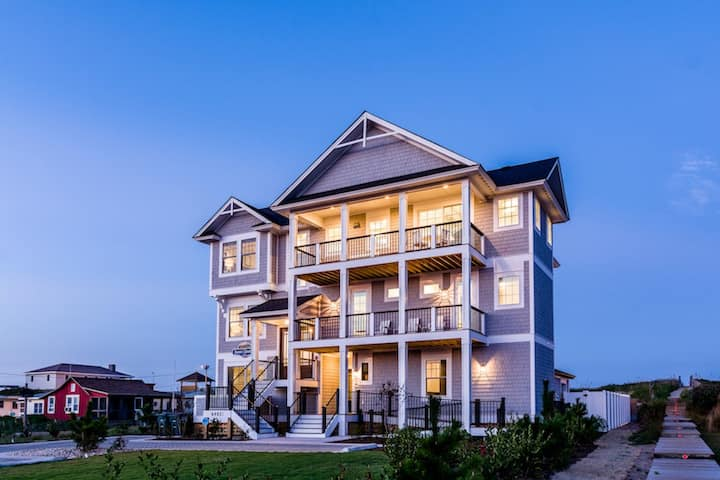 Sweet Carolina 9 Bedroom Oceanfront Home