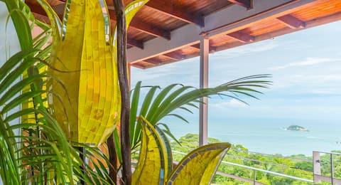 OCEAN VIEW STUDIO SUITE! Fresh Tropical Vibe!