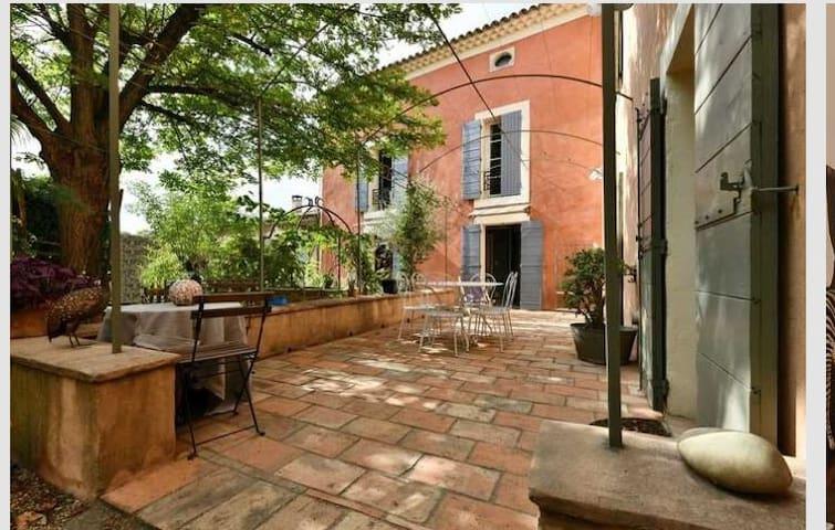 la villa romantique