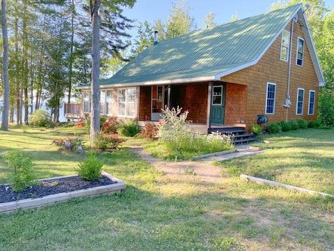 Magnolia Lane Cottage