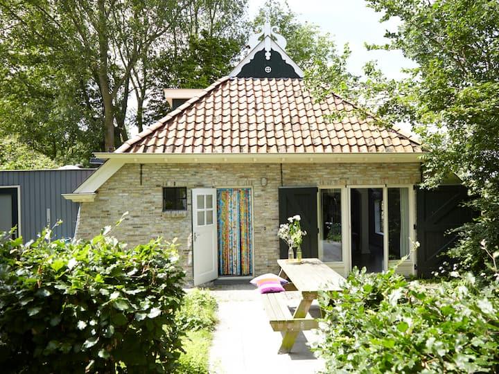 Big family house near Lauwerslake in Friesland