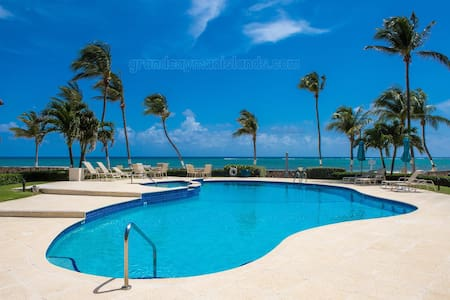 Villas Pappagallo - Grand Cayman Islands