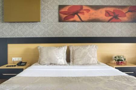 Tek Kisilik Oda - Berksoy Hotel