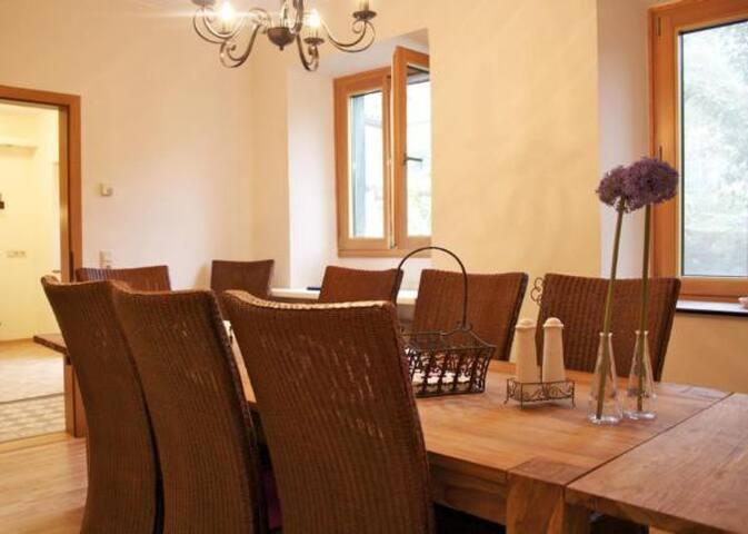 Holiday home Berkele ideal for family reunion and family celebration near Bernkastel-Kues