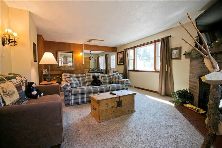 7 Bedroom Jacuzzi House - Cascade-Chipita Park - Huis