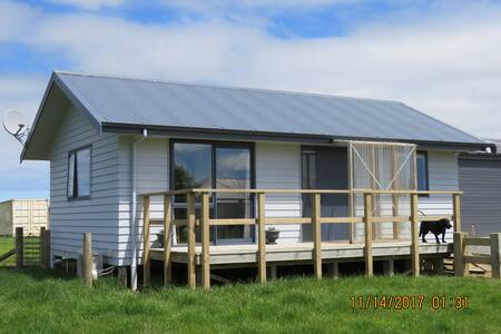 Nethershiel Cottage: Otahuti, Riverton