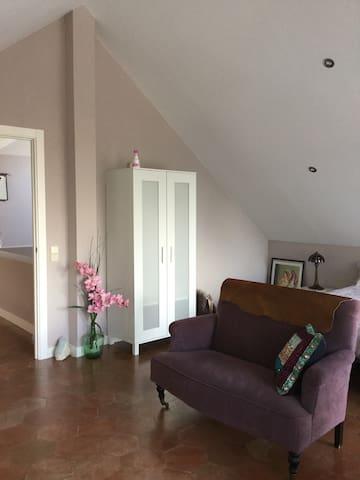 Suite en chalet independiente - San Sebastián de los Reyes - House