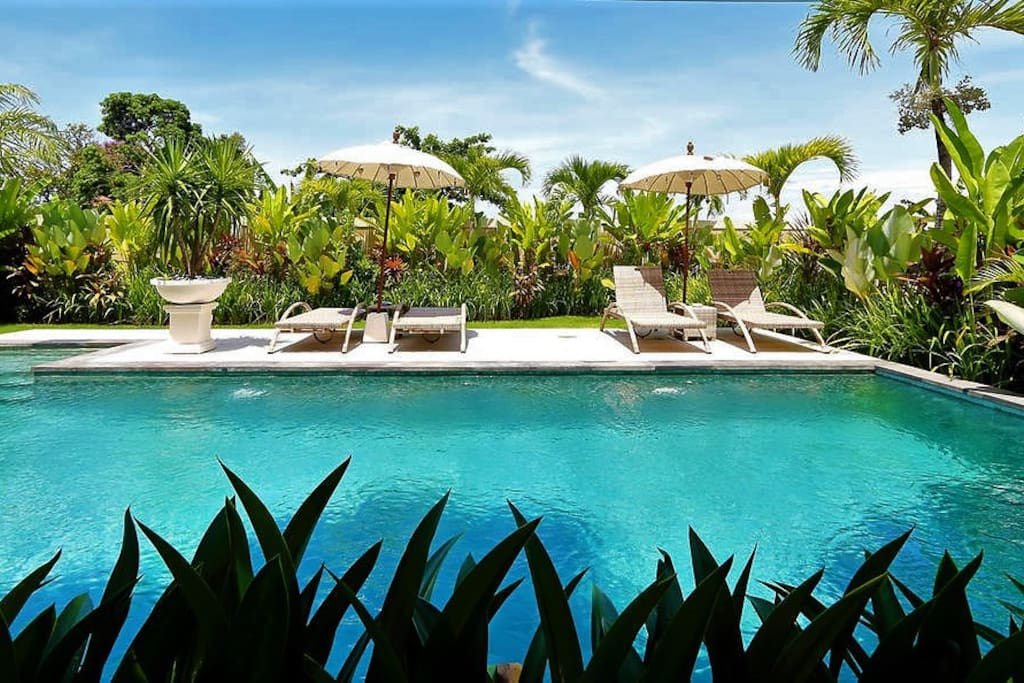 Your luxury bali haven stay seminyak up to 50 off for Luxury places to stay in bali