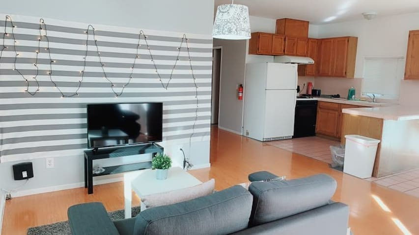 Pasadena  single house 562A.3b1b.三房一厅一厨一浴