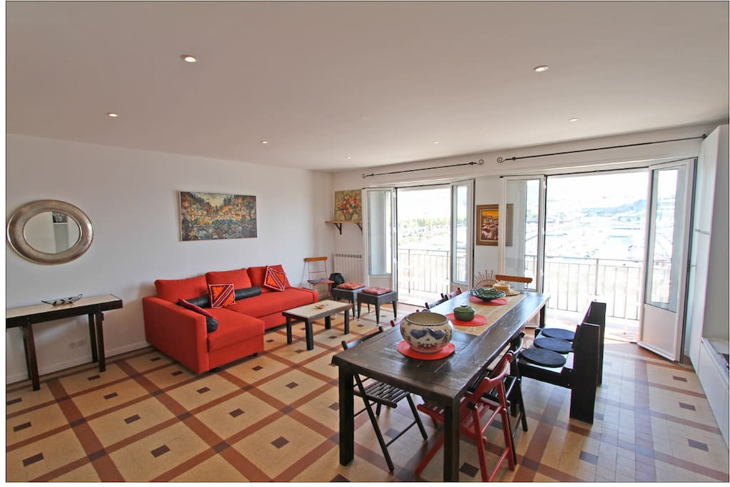 Spacious Living and Dining Area with Spectacular View of the Old Harbor