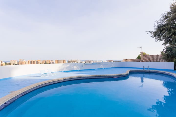 GAUDI MAR HOUSE ! AMAZING SEA VIEWS !!!! - Santa Susanna - Huis