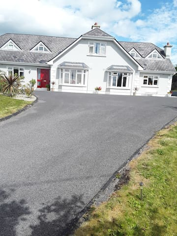 Goulboy Manor Bed And Breakfast Kiltimagh
