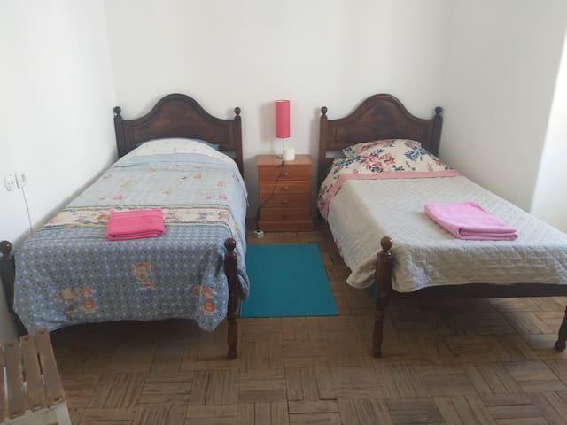 Casa 14 | Room 2