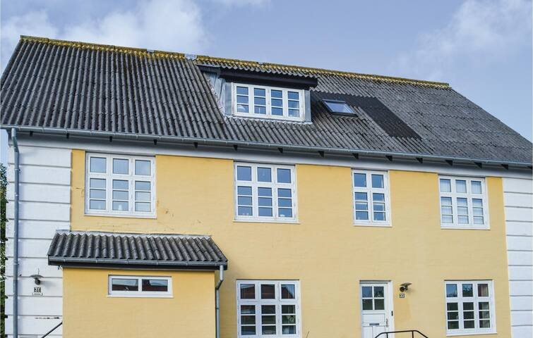 Holiday apartment with 2 bedrooms on 72m² in Skagen