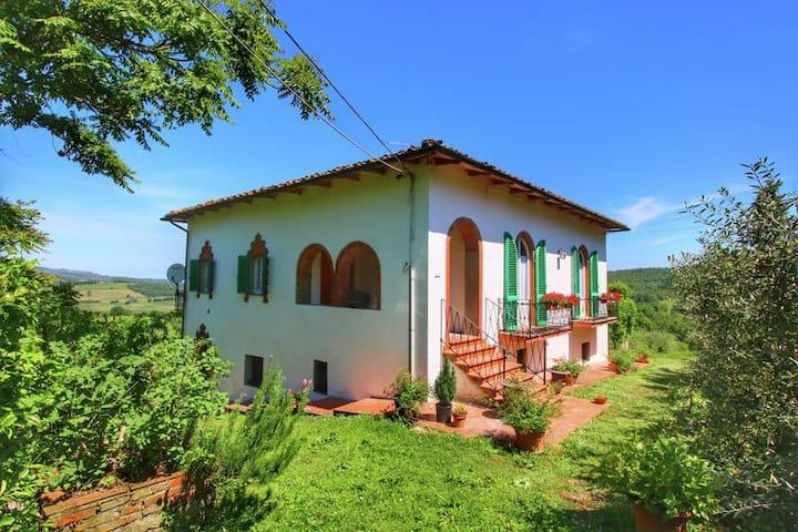CASINA PRIMA FARMHOUSE