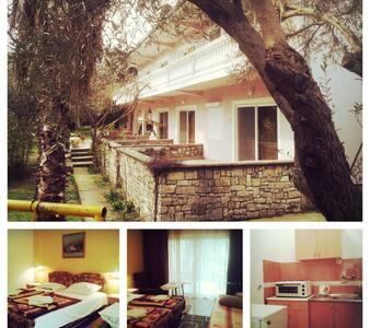 2 Vila Marija, charming studio 2 - Ulcinj - Apartment