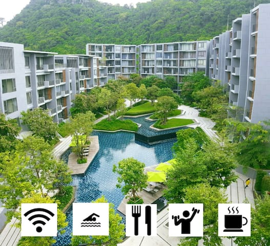 Panoramic mountain views at The  Valley, Khao Yai. - Pak Chong - Apartment