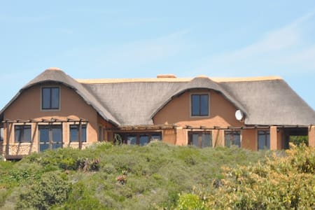 Ocean View Cottage, Springerbay, SA - Mossel Bay