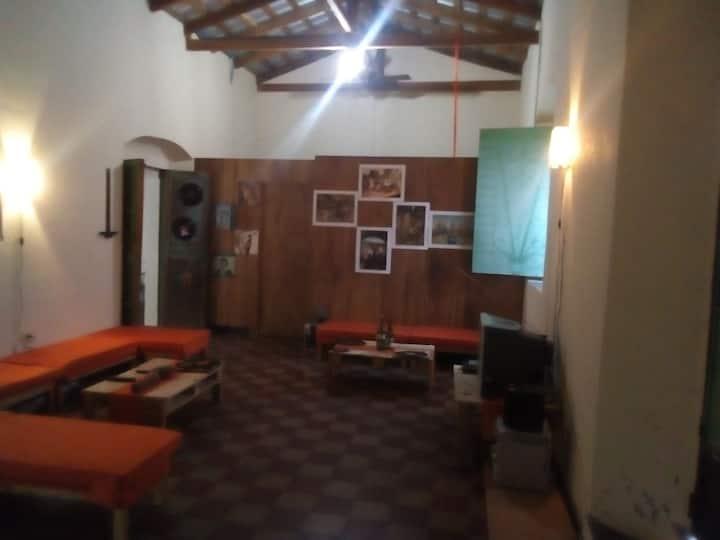 La Carpa, Teatro Café. Centro de arte.