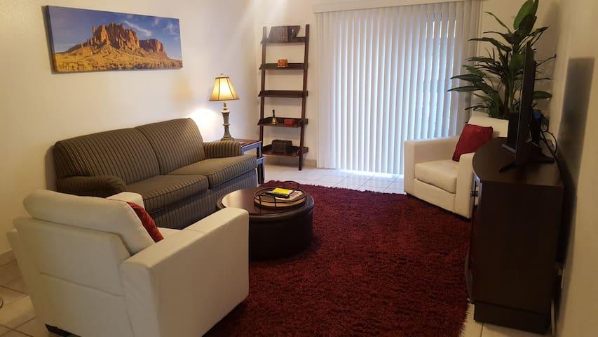 Cozy Midtown Phoenix Apartment