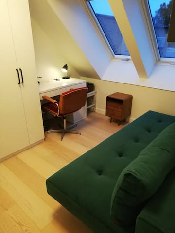 Office with a 140 futon
