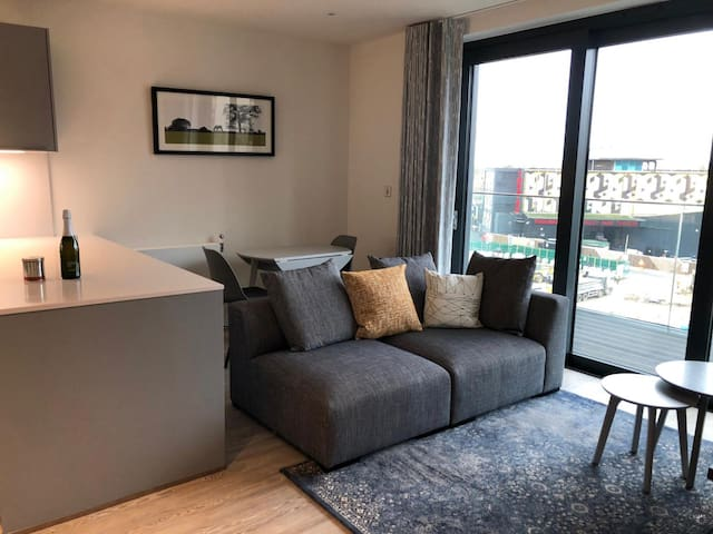5* Wembley Stadium Apt 2BED 2BATH