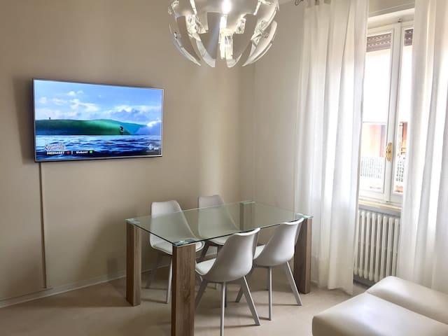 Moderno bilocale a 1km dal centro - Parma - Apartment