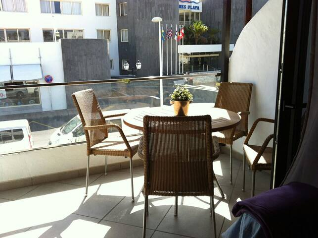 Casa Cactus. Un apartamento moderno en la playa - Tías - Apartamento