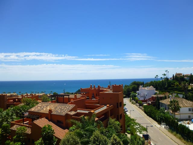 Luxurious apartment near the beach - Estepona - Apartment
